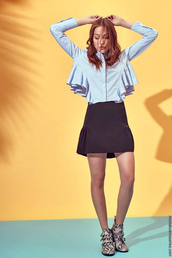 Volados en blusas tendencias de moda primavera verano 2018. Ropa de moda mujer 2018.