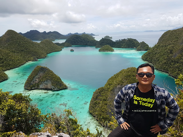 Wayag, Raja Ampat || When someday is today Ⓒjelajahsuwanto