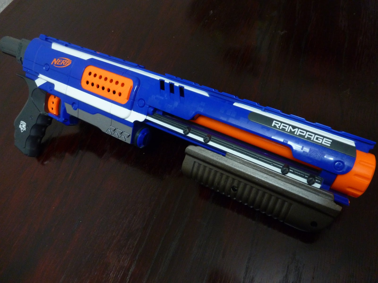 The Garden of Nerfly Delights - Nerf Mods and Reviews: Rampage shotgun pump: By Darthrambo