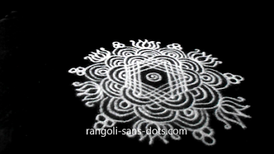 lines-kolam-for-New-Year-241ai.jpg