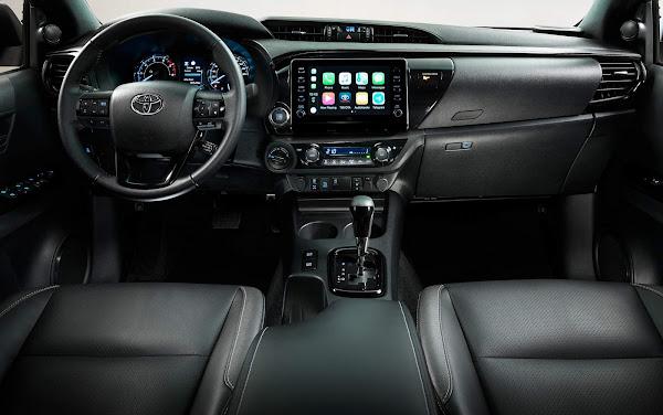 Nova Toyota Hilux 2021 chega ao Brasil este ano - fotos