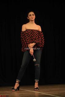 Alia Bhatt at Strut – The Dancemakers 04.JPG