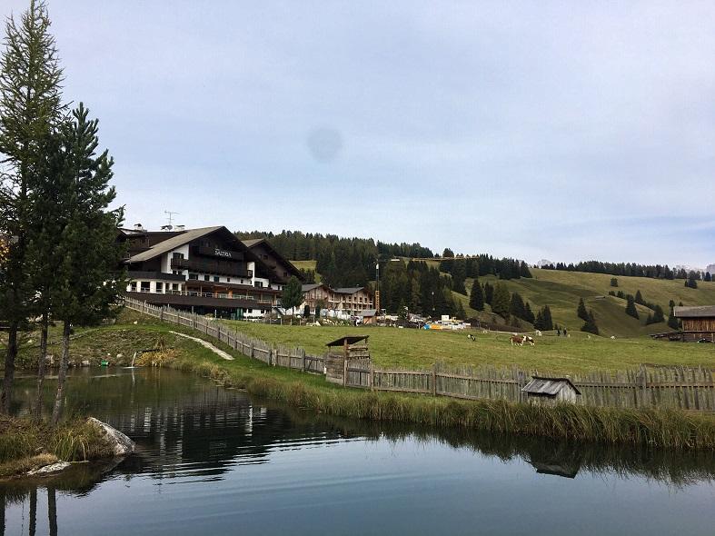 Trekking sull'Alpe di Siusi da Compaccio a Saltria