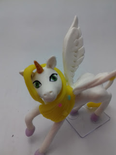 Onchao unicornio em biscuit