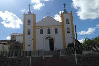 http://vnoticia.com.br/noticia/3857-igreja-em-conselheiro-josino-arrombada-na-madrugada-desta-sexta-feira-19