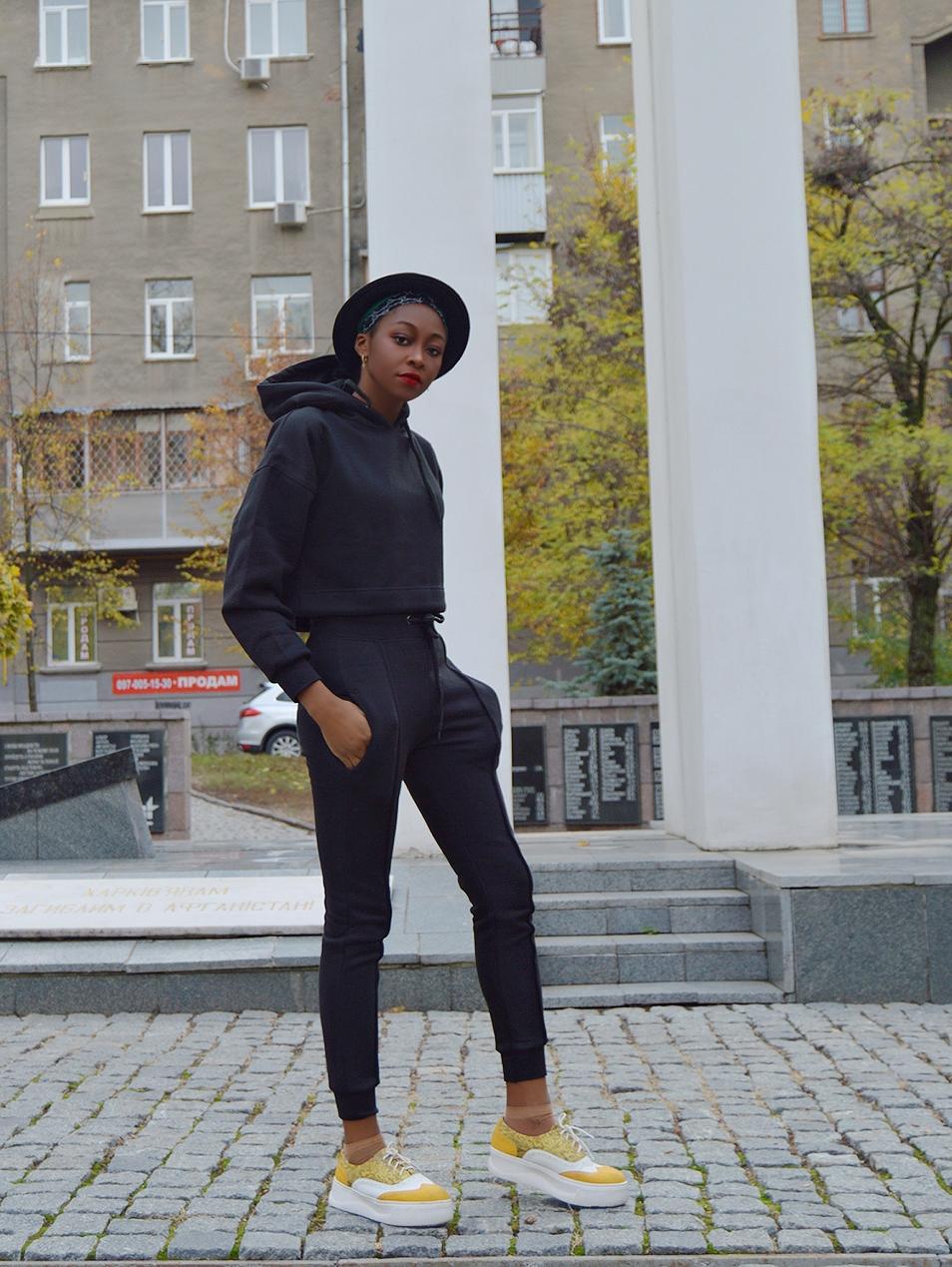 Black Boxy Cropped Hoodie Cuffed Joggers Loungewear