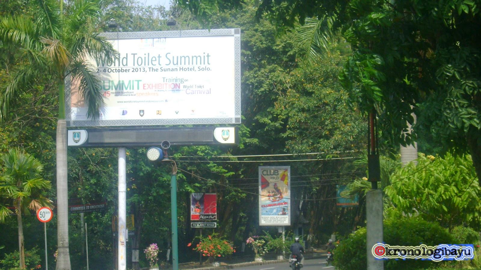 cerita unik tapi nyata, pertemuan toilet tingkat dunia, world toilet summit di surakarta