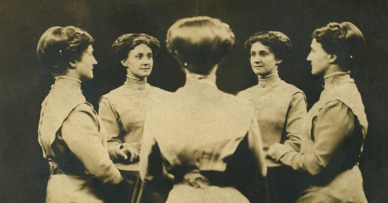 Rare and Interesting Mirror Portrait Photos From Between the Late 19th and Early 20th Centuries