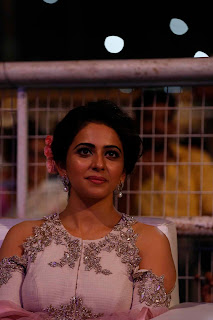 rakul Preet Singh lovely White Shoulder less Jari Border Embroidery Anarkali Dress at Sarrainodu Function