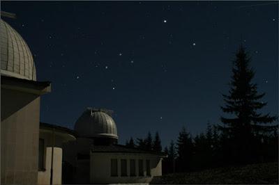 филм поглед към звездите рожен