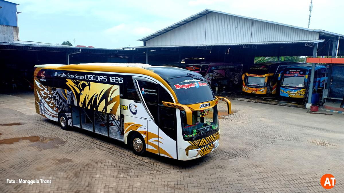 Bus Manggala Trans