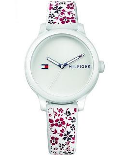 Zegarek -  elegancki dodatek, czy codzienny niezbędnik?