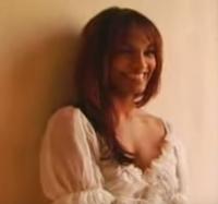 Soprano Danielle de Niese happy