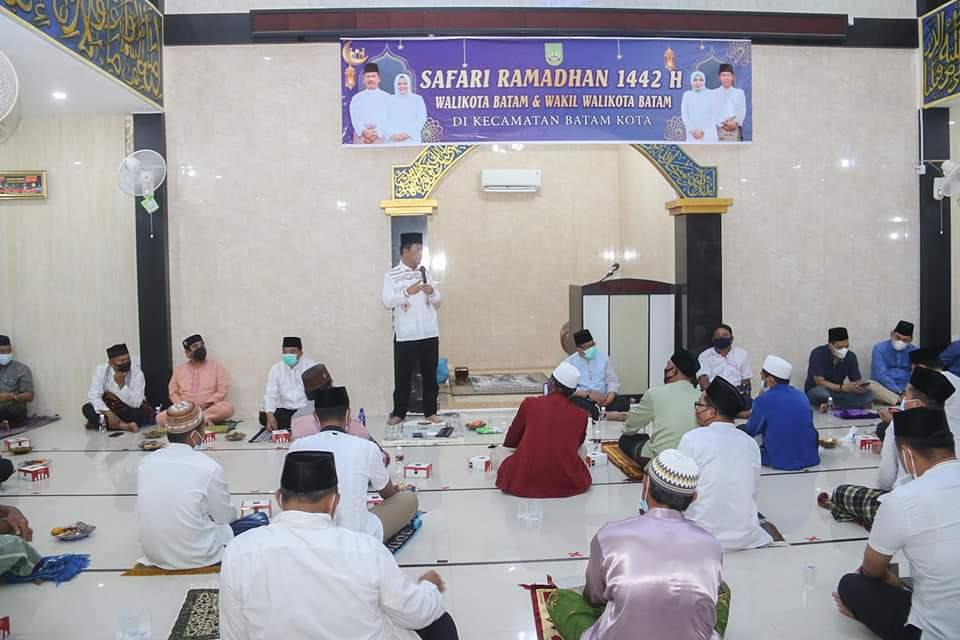 Safari Ramadan di Masjid An-Nahdlah, Rudi Ingatkan Masyarakat Terapkan Protokol Kesehatan