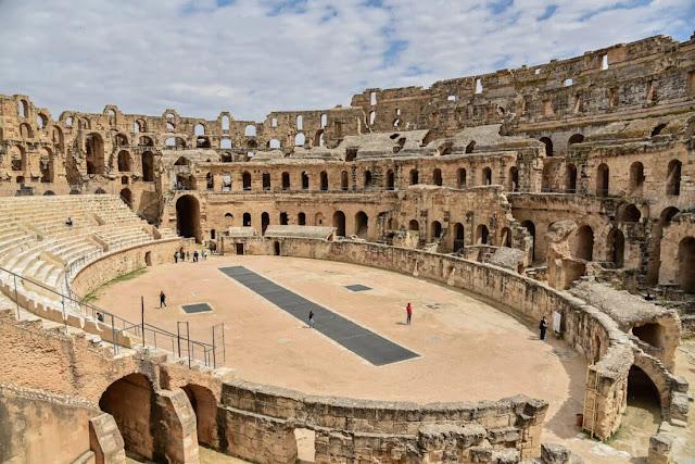 قصر الجم الروماني