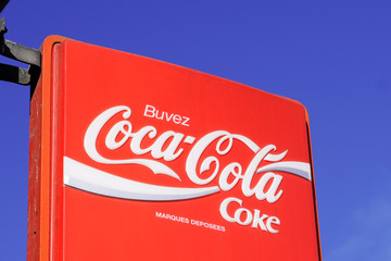 ليه الـ شركات الكبيرة زى بيسبى وجوجل وكوكولا بتعمل اعلانات لحد النهاردة؟!
