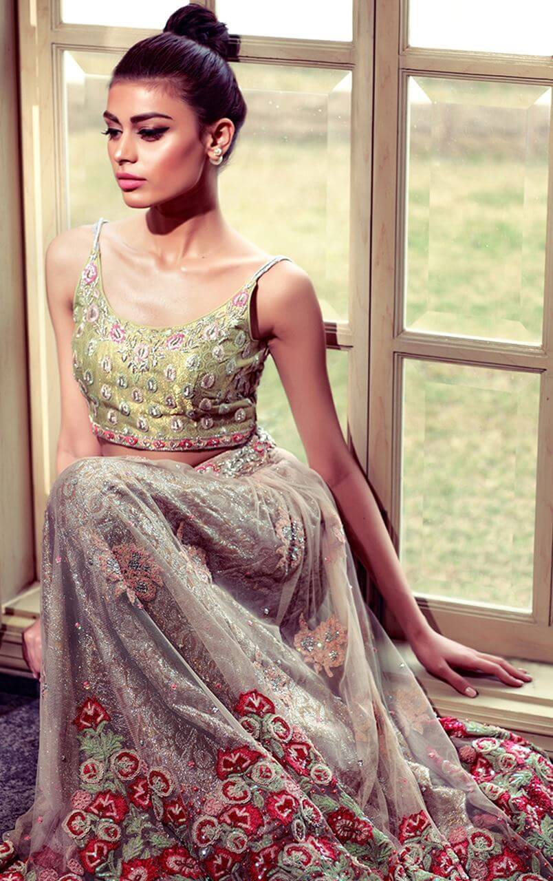 Sadaf Kanwal marvelous look in ROSEMARY AND THYME CHOLI Pakistani bridal wear by Tena Durrani