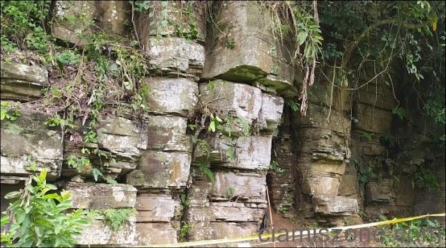 Batu Susun Rompe Lumbung Bukan Buatan Manusia