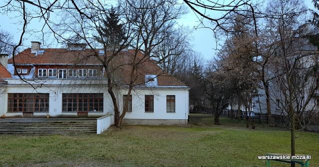 Warszawa Warsaw willa Narutowicza Marian Kontkiewicz Śródmieście willa styl dworkowy architektura