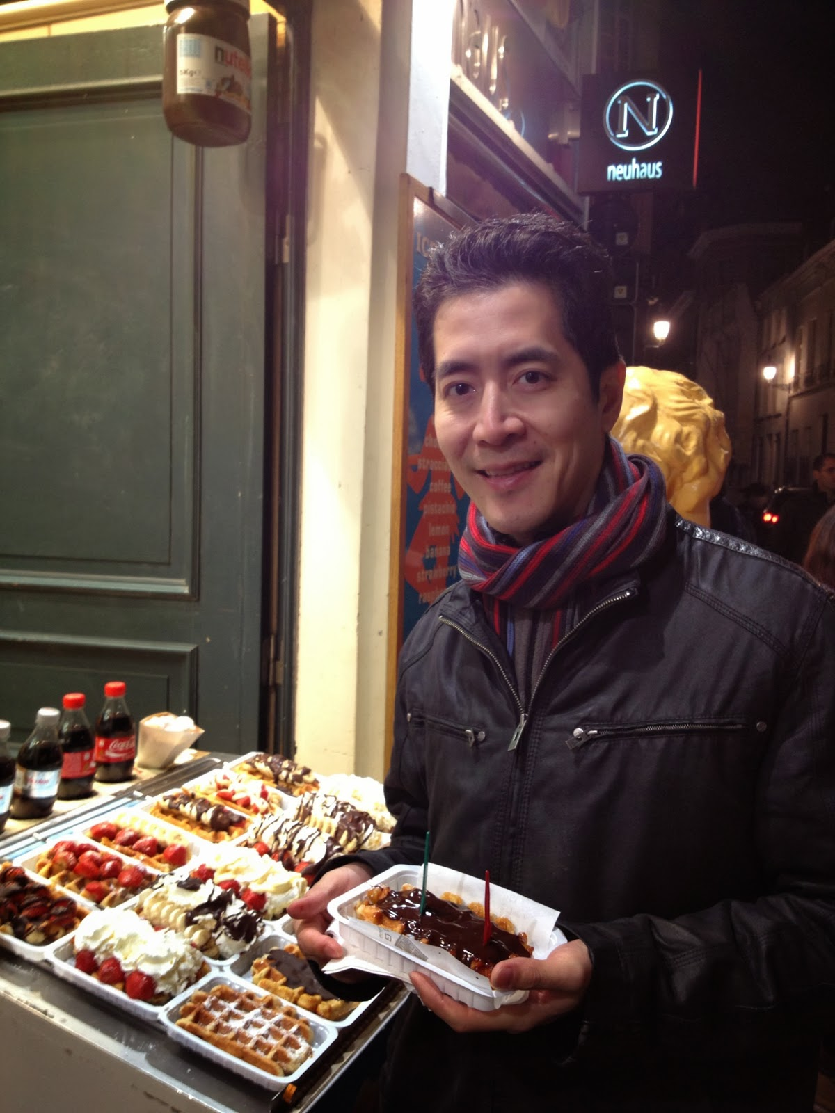 Brussels - Mike goes for waffle #2