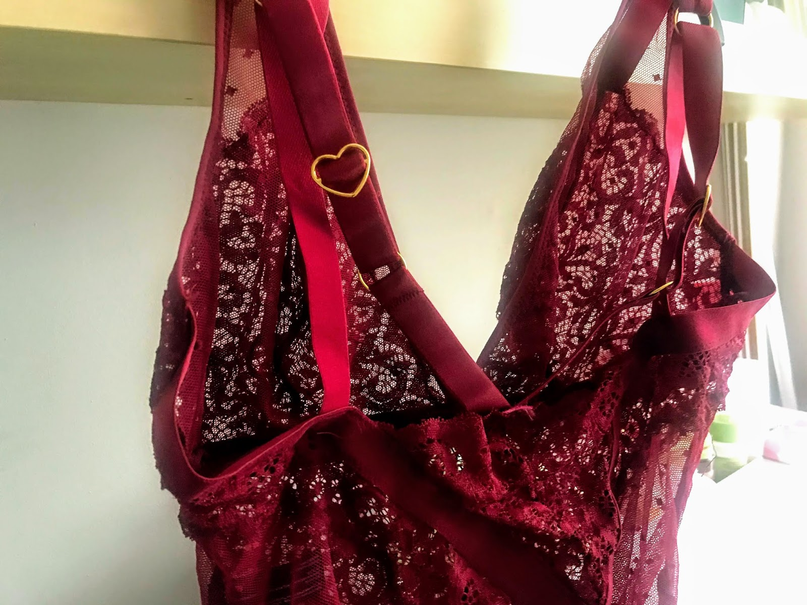 Tutti Rouge Review,  Eva Body Garnet