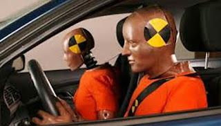 elementos de seguridad minimos en un coche