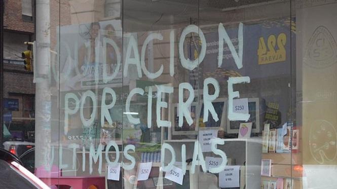 """Empresarios del comercio aseguran que la situación del sector es """"para ponerse a llorar"""""""