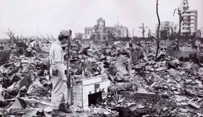 Αποτέλεσμα εικόνας για Χώρες που έχουν βομβαρδίσει οι ΗΠΑ (για ειρήνη, δικαιοσύνη, ΔΗΜΟΚΡΑΤΙΑ) από το 1950