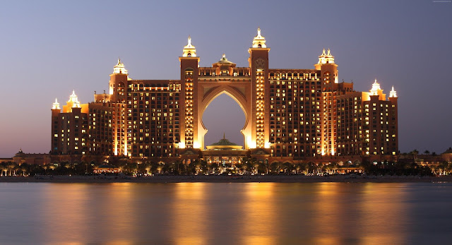 Atlantis The Palm Dubai Luxury Hotel