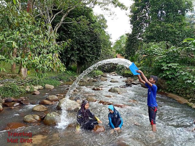 Damai Arcadia Resort - Homestay Janda Baik Tepi Sungai