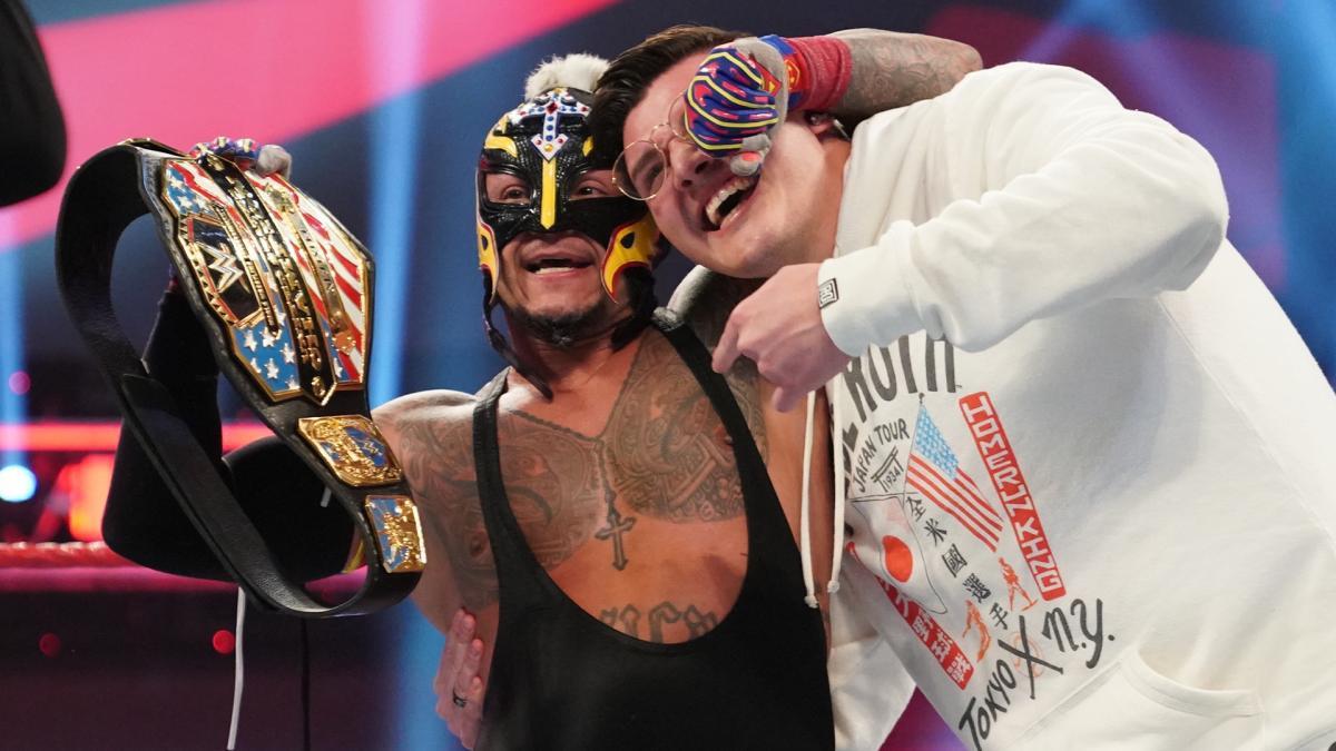 """Possível """"spoiler"""" sobre troca de títulos no WrestleMania Backlash 2021"""