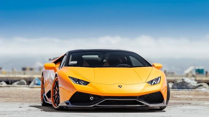 Papel de Parede Lamborghini Huracan Amarela