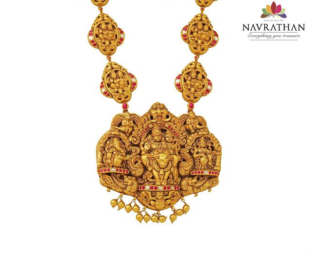temple neckpiece-