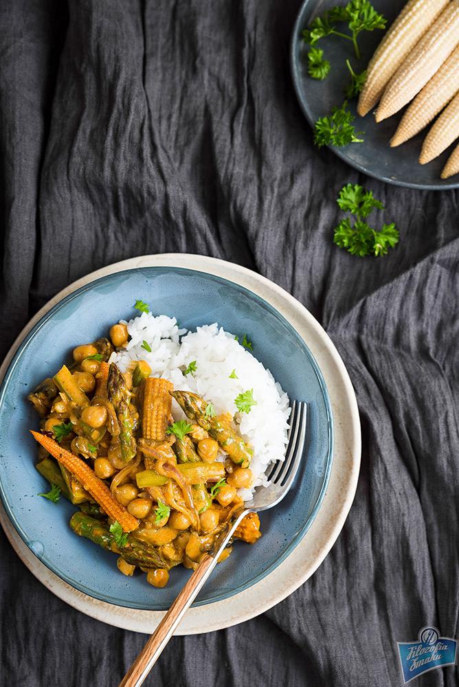 Żółta pasta curry przepisy