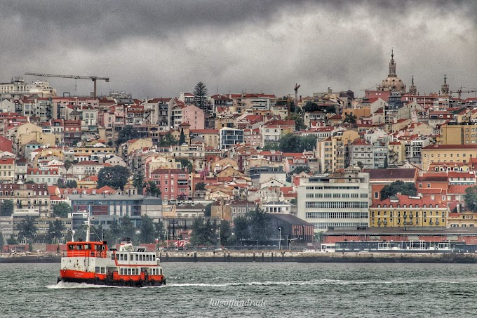 The Ferry Caclihas Portugal