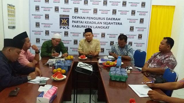 Tahun 2017 Harus Lebih Baik, Pimpinan PKS Langkat Evaluasi Kinerja Dewan