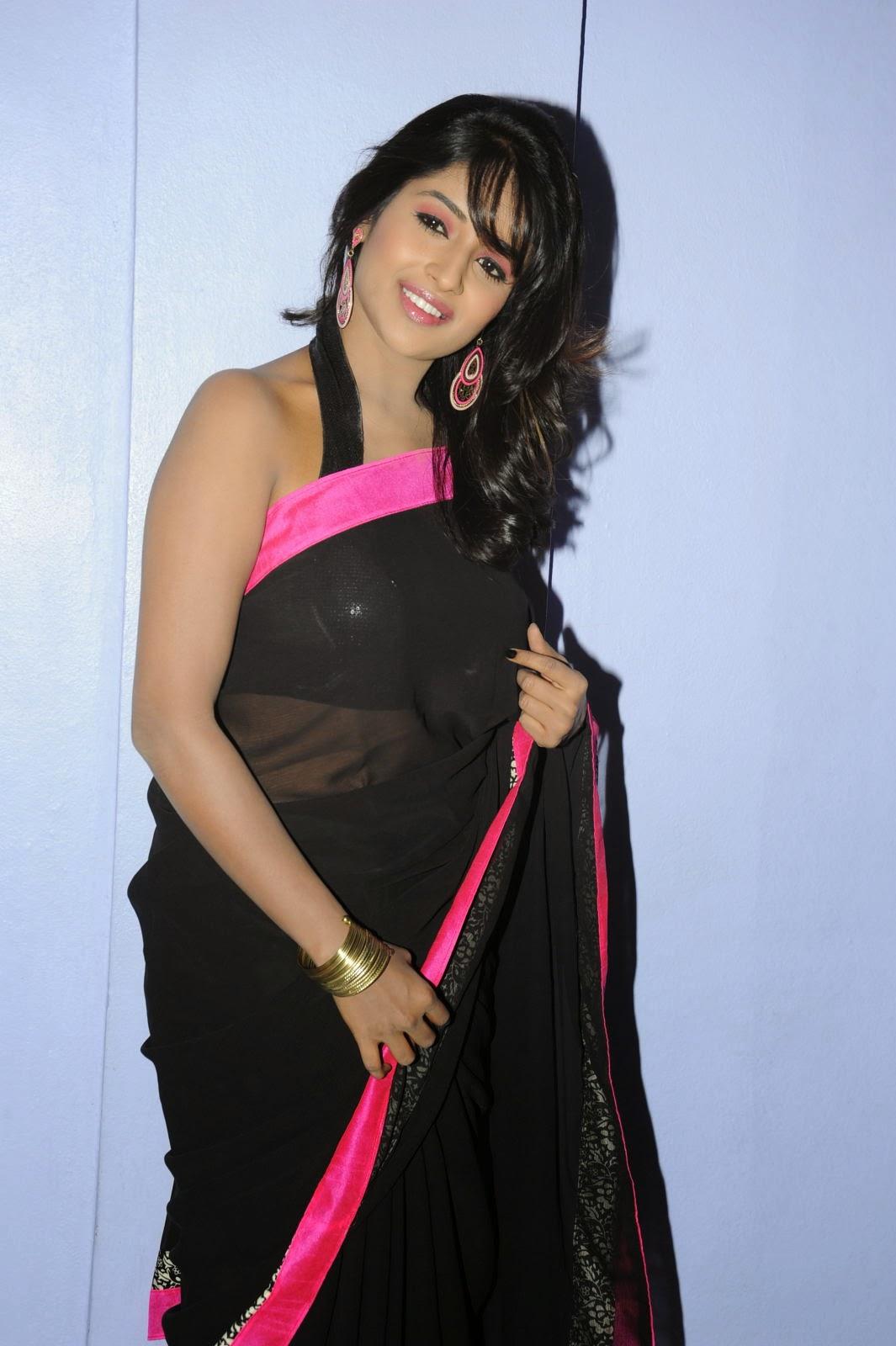 Isha Ranganath glam pics in saree-HQ-Photo-16