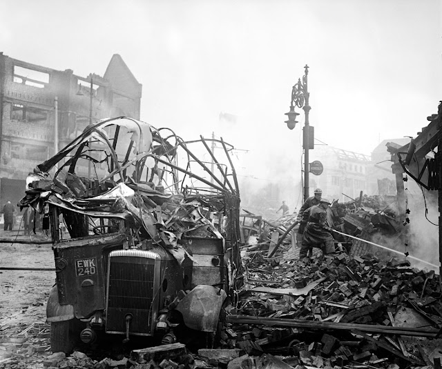15 November 1940 worldwartwo.filminspector.com Coventry Blitz damage