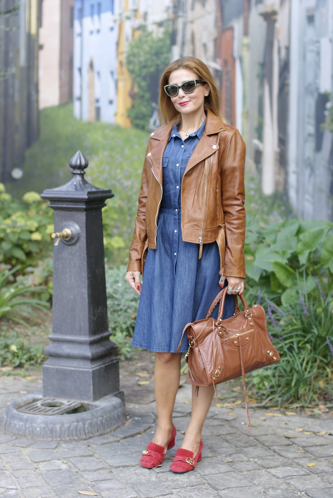 How to wear cognac leather and denim, Gucci red loafers on Fashion and Cookies fashion blog, fashion blogger style