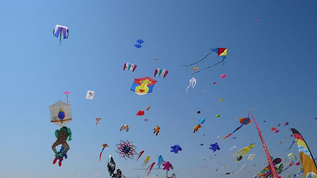 big kite flying events