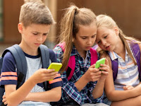 4 Cara Mengatasi Anak Kecanduan Gadget