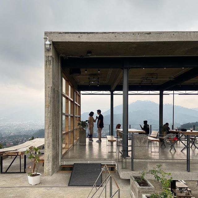 Concrete Batu Cafe Harga Menu, Fasilitas Lengkap dan Lokasi