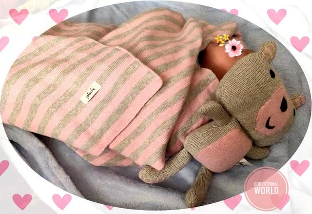 Pluchi kids blanket with toy