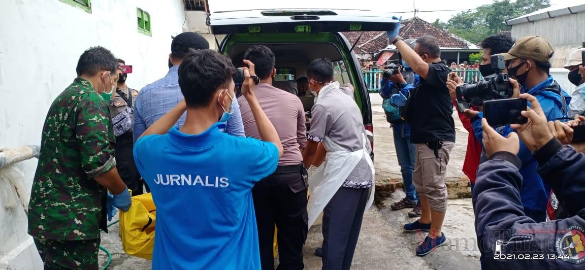 Polisi Kesulitan Ungkap Tewasnya Dukun Asal Curah Jeruk