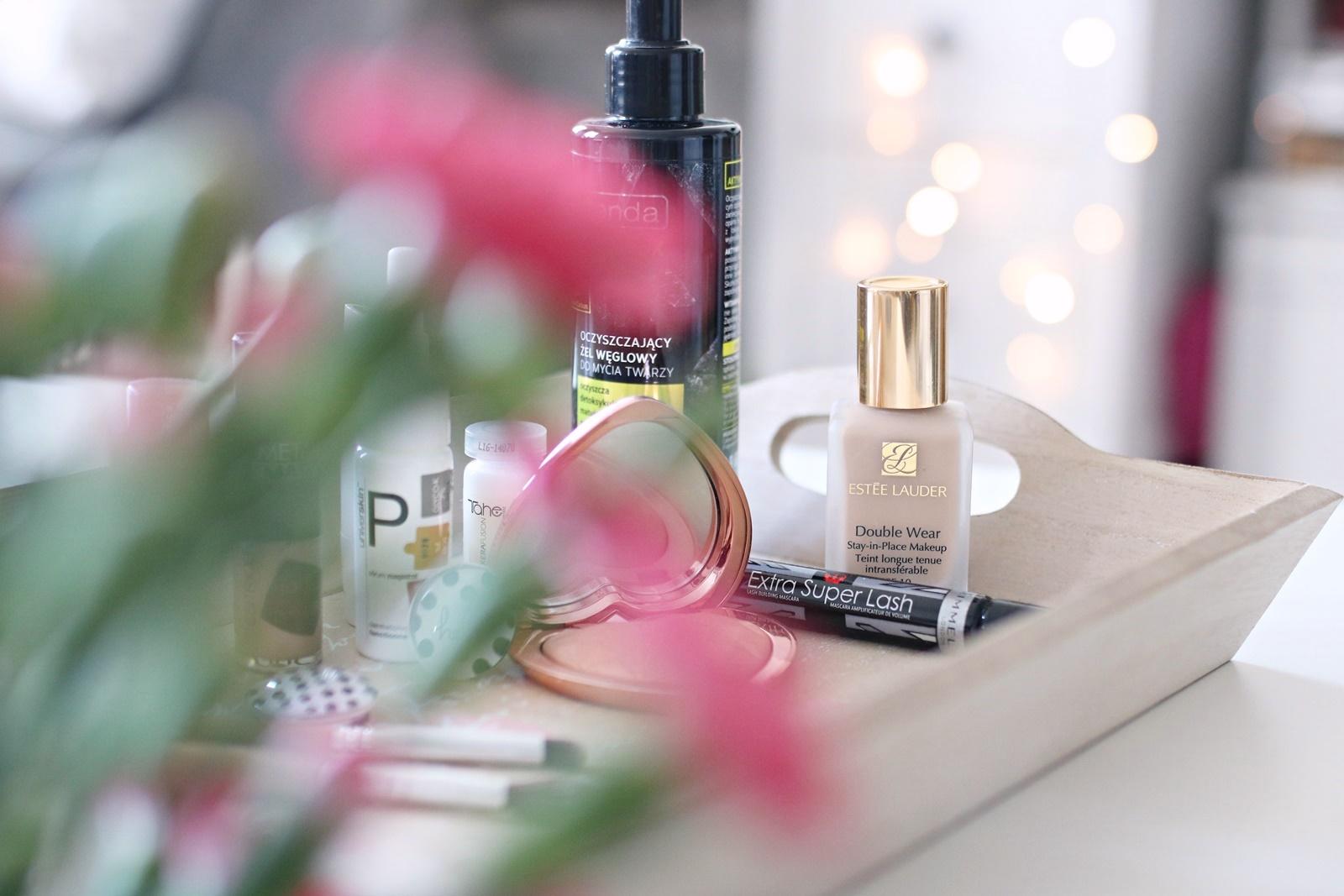Estee Lauder Double Wear 1N0 - ulubieńcy kosmetyczni