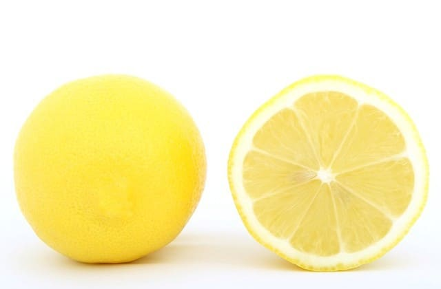masker lemon untuk kulit wajah menjadi lembab