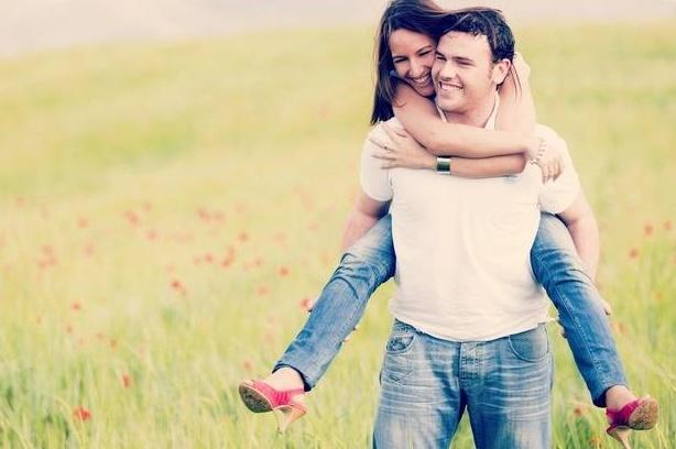 12 dicas de como ter um relacionamento feliz