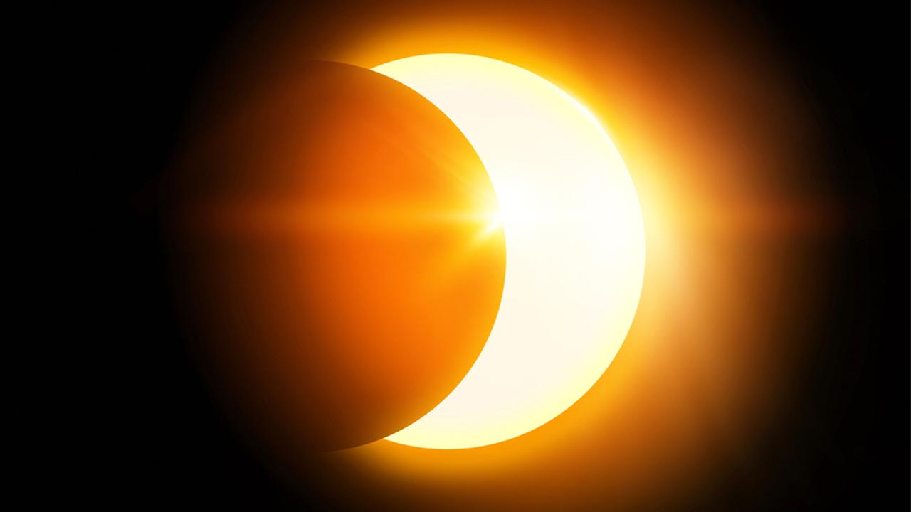 Gerhana Matahari Total Sebagian dan Cincin Penjelasan