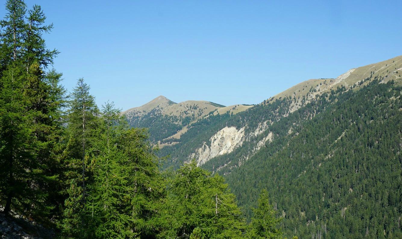 Cime de Piagu viewed from trail Baisse de Férisson