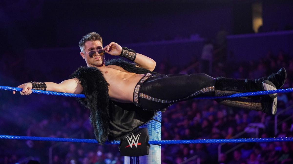 Tyler Breeze diz que os lutadores da WWE não deveriam renovar seus contratos se estão infelizes